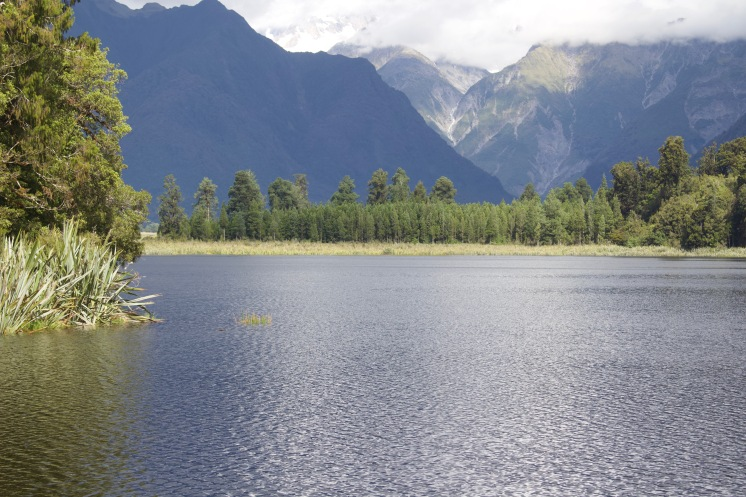 Lake Matheson (Mirror lake)